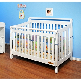 Sturdy and Versatile 3-in-1 Solid Wood Crib