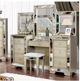 Loraine Vanity Set