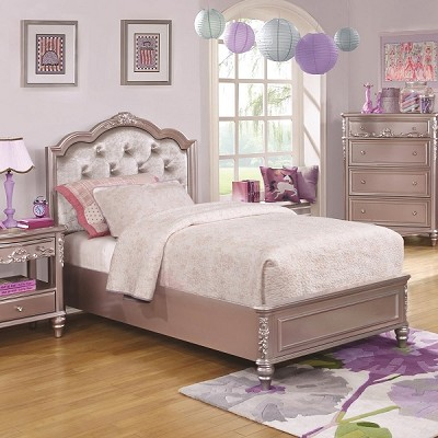 Caroline Bed with Diamond Tufted Headboard